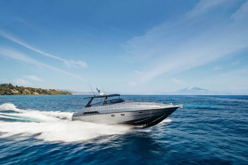 Calma yacht